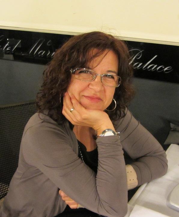 Carmen Camacho Moya